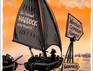 De zeilschool van Haddock verhuist naar het surfstrand