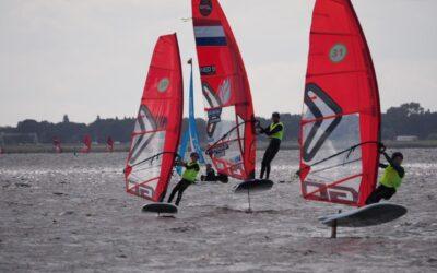 Windsurfvereniging Almere Centraal geeft jeugd foilen een boost